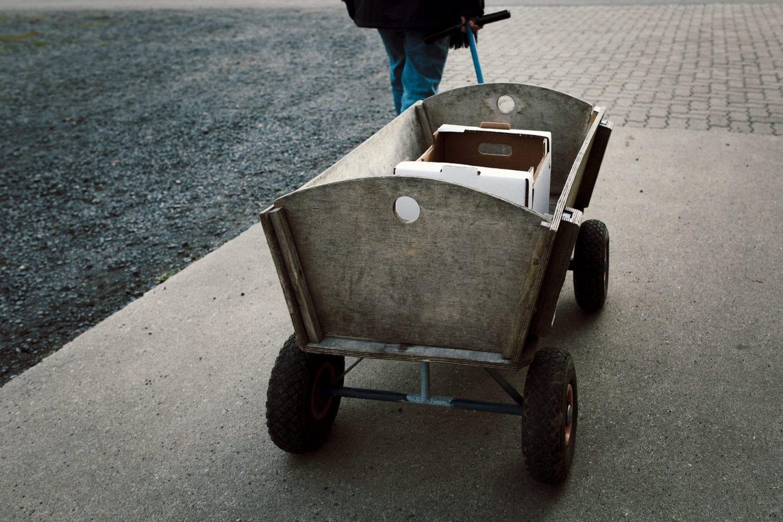 Bollerwagen für die Apfelernte