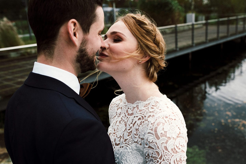 verliebter Kuss am Lind am See